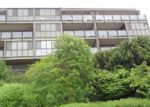 Foreclosed Home in Kirkland 98033 115 5TH AVE S APT 4 - Property ID: 3707477