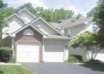 Foreclosed Home in Elgin 60120 1050 WOODHILL CT - Property ID: 3714395
