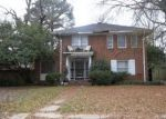Foreclosed Home in Monroe 71202 1206 SAINT JOHN DR - Property ID: 3739953