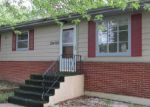 Foreclosed Home in Elgin 60123 35W705 CRISPIN DR - Property ID: 3770774