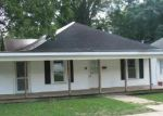 Foreclosed Home in Gastonia 28054 507 E 3RD AVE - Property ID: 3799412
