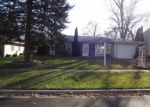 Foreclosed Home in Elgin 60120 883 CARL AVE - Property ID: 3838701