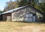 Foreclosed Home in Holly Springs 38635 1352 HIGHWAY 7 N - Property ID: 3861764