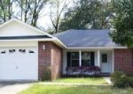 Foreclosed Home in Milton 32583 6301 OLD BAGDAD HWY - Property ID: 3907398