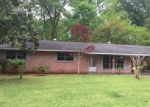 Foreclosed Home in Monroe 71203 102 CURVE DR - Property ID: 3956202