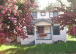 Foreclosed Home in Klamath Falls 97601 1305 CALIFORNIA AVE - Property ID: 3979319