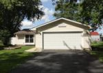 Foreclosed Home in Elgin 60120 1142 HUNTER DR - Property ID: 3996040
