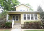 Foreclosed Home in Elgin 60120 764 BLUFF CITY BLVD - Property ID: 3998398