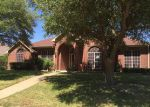 Foreclosed Home in Desoto 75115 824 BRIDLE DR - Property ID: 3999024