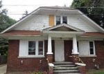 Foreclosed Home in Elgin 60120 211 CHANNING CT - Property ID: 4005897