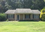 Foreclosed Home in Gastonia 28052 150 HICKORY CREEK DR - Property ID: 4044401