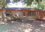 Foreclosed Home in Milton 32583 5506 CYANAMID RD - Property ID: 4050584