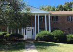 Foreclosed Home in Springfield 7081 92 TROY DR APT A - Property ID: 4069056
