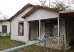 Foreclosed Home in San Antonio 78211 175 PRICE AVE - Property ID: 4080620