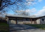 Foreclosed Home in Universal City 78148 221 E LANGLEY BLVD - Property ID: 4092515