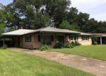 Foreclosed Home in Milton 32571 4542 SANTA VILLA DR - Property ID: 4107202