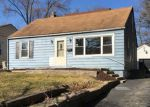 Foreclosed Home in Elgin 60120 882 HASTINGS ST - Property ID: 4116159