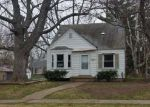 Foreclosed Home in Detroit 48219 18516 WINSTON ST - Property ID: 4133041