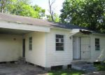 Foreclosed Home in Houston 77033 5109 PEDERSON ST - Property ID: 4154512