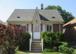 Foreclosed Home in Wyandotte 48192 1071 MOLLNO ST - Property ID: 4154756