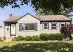Foreclosed Home in Garden City 48135 835 GARDEN ST - Property ID: 4154760