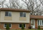 Foreclosed Home in Romulus 48174 15821 SANDBURG ST - Property ID: 4156173