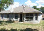 Foreclosed Home in Dallas 75211 5161 E RIM RD - Property ID: 3349079