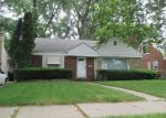 Foreclosed Home in Detroit 48219 17638 WARWICK ST - Property ID: 3409298