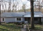 Foreclosed Home in Jamestown 38556 155 ROYSDEN LN - Property ID: 3908241