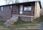 Foreclosed Home in Tazewell 37879 140 CROSS DR - Property ID: 3914654