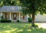 Foreclosed Home in Lexington 38351 110 ROBERTSON ST - Property ID: 3985794