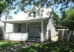 Foreclosed Home in New Baden 62265 206 W HANOVER ST - Property ID: 3995410