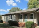 Foreclosed Home in Dresden 38225 130 CYPRESS LN - Property ID: 4064580