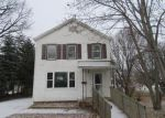 Foreclosed Home in Maquoketa 52060 112 S PROSPECT ST - Property ID: 4104905