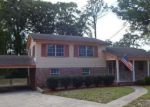 Foreclosed Home in Jacksonville 32211 8302 LAWFIN ST S - Property ID: 4137175