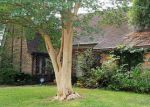Foreclosed Home in Houston 77071 7619 PORTAL DR - Property ID: 4143666