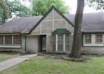 Foreclosed Home in Houston 77090 18034 BAMBRIAR DR - Property ID: 4145535