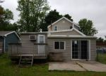 Foreclosed Home in Vinton 52349 1410 2ND AVE - Property ID: 4149744
