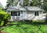 Foreclosed Home in Seattle 98168 140 S 107TH ST - Property ID: 4151253