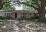 Foreclosed Home in Dallas 75203 1908 ARGYLE AVE - Property ID: 4200841