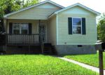 Foreclosed Home in Chattanooga 37404 202 N HICKORY ST - Property ID: 4204606