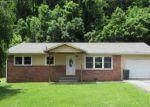Foreclosed Home in Elizabethton 37643 1212 THOMAS BLVD - Property ID: 4220870