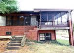 Foreclosed Home in Mount Vernon 62864 10 ROYAL PL - Property ID: 4228969