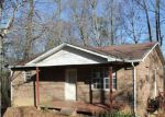 Foreclosed Home in Jamestown 38556 1024 SUNSHINE LN - Property ID: 4233086