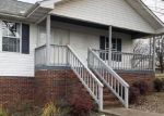 Foreclosed Home in Maryville 37804 4271 PEA RIDGE RD - Property ID: 4233090