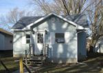 Foreclosed Home in Mason City 50401 220 25TH ST SW - Property ID: 4236618