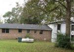 Foreclosed Home in Clanton 35045 1020 BURNETT CIR - Property ID: 4237634