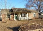 Foreclosed Home in Benton 72019 403 KING - Property ID: 4242471