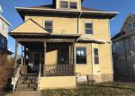 Foreclosed Home in Fall River 2720 29 SHAWMUT ST - Property ID: 4245604