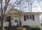 Foreclosed Home in Charlotte 28216 3106 CELIA AVE - Property ID: 4248789